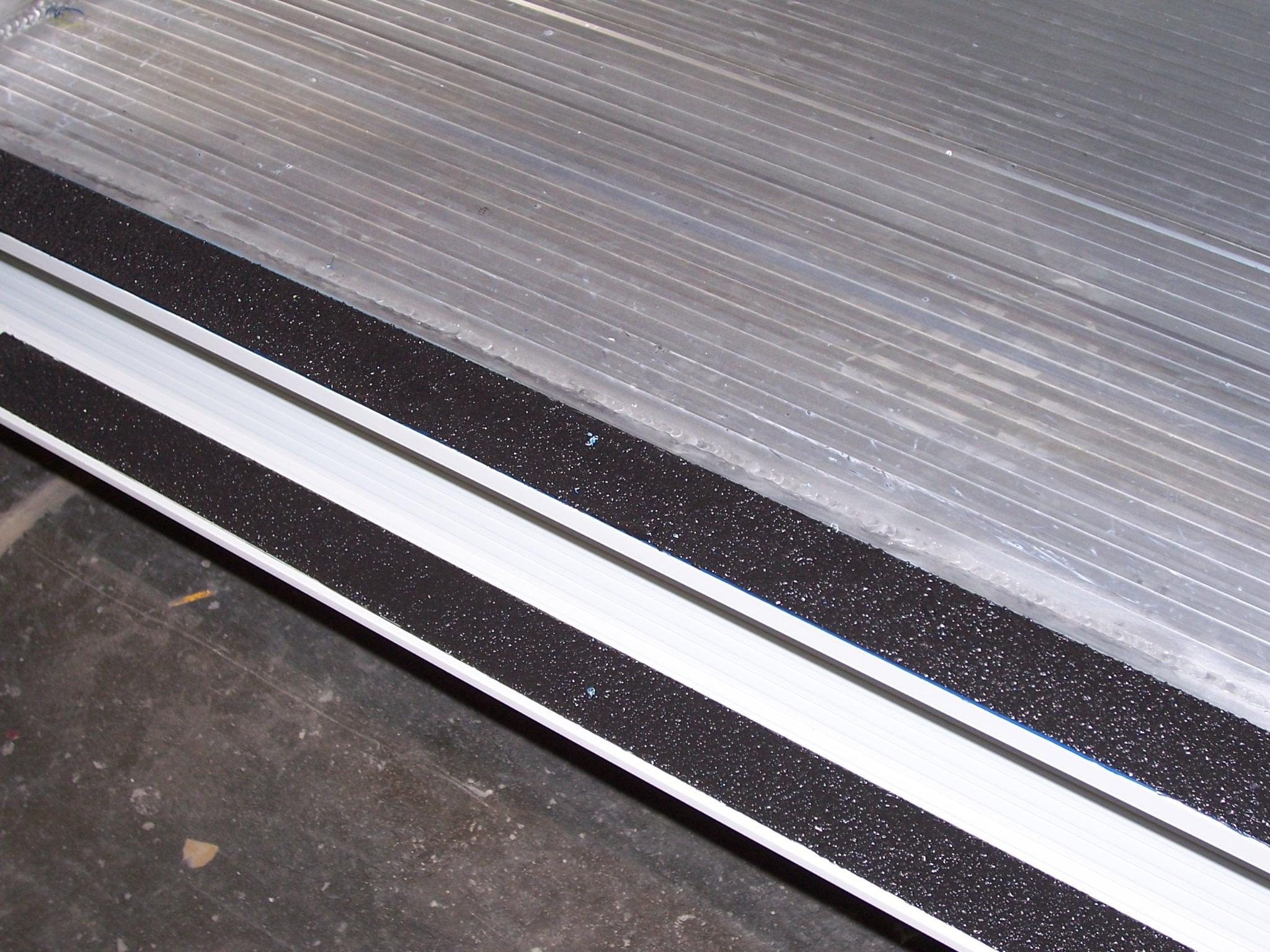 Power Step Bottom Rail